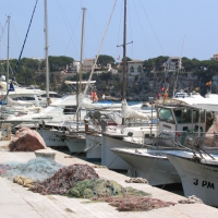Porto Cristo harbor with beach in the background